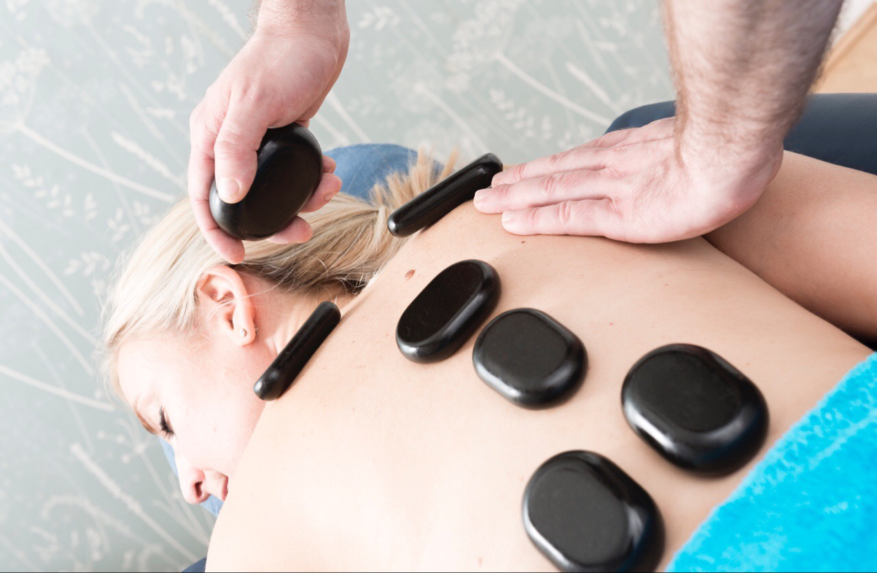 Hot stone massage for lower back pain-2286