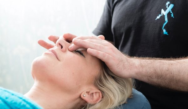 Stress and pressure relieving face massage