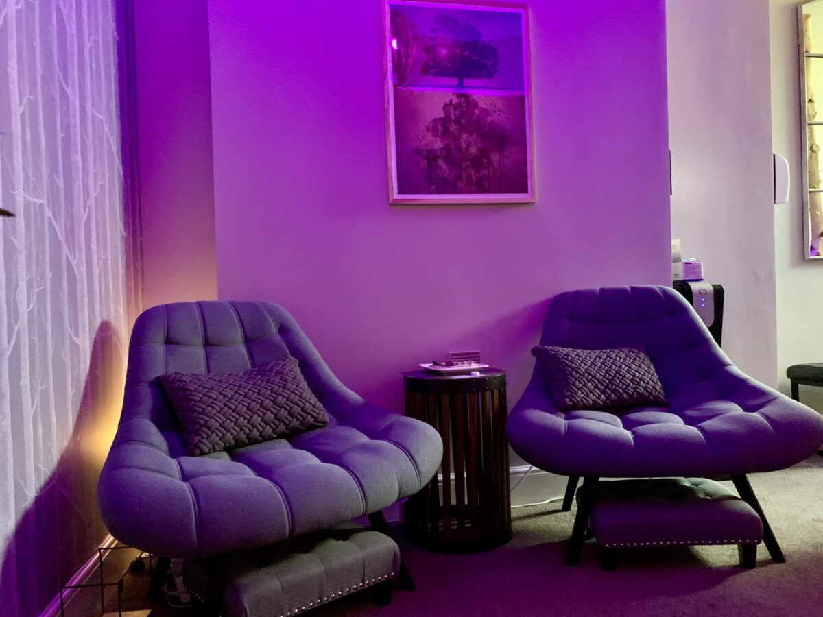 Soothing lighting in the relaxation area